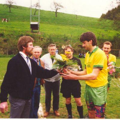 1991_gratulation_nach_spiel